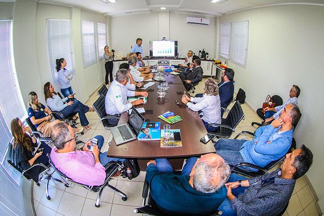 Resultado de imagem para Investidores Árabes visitam Oeste da Bahia